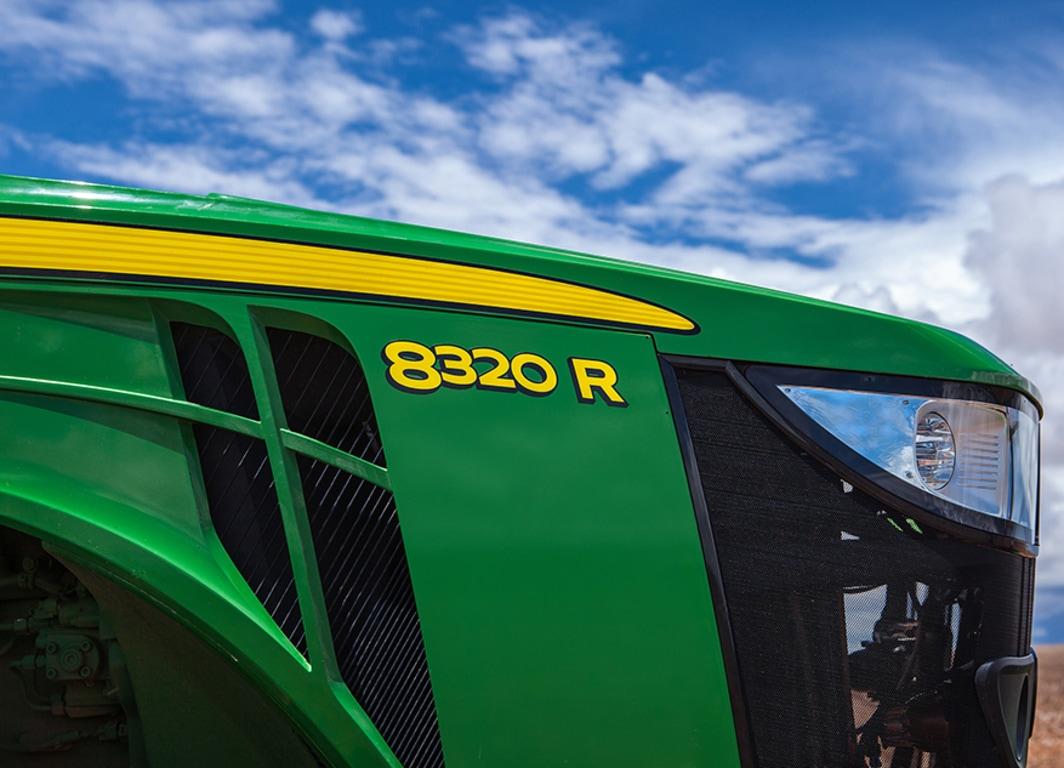 Os tratores da Série 8R são ideais para atingir a máxima eficiência operacional.